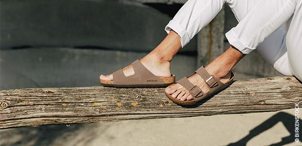 Papuci de vara și Saboti